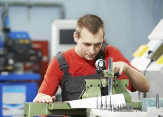 mechanical engineering technicians image