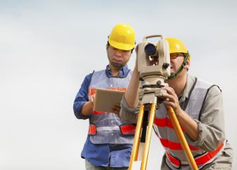 surveying and mapping technicians image