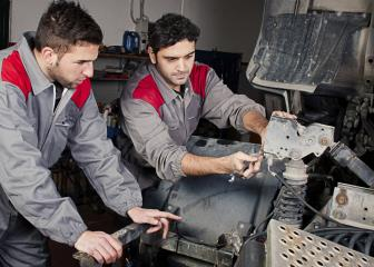 diesel service technicians and mechanics image